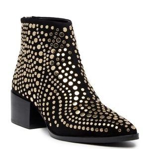 Vince Camuto Edenny Studded Pointy Toe Bootie NWOT